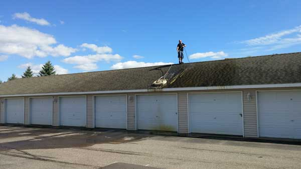 roof cleaning in sauk rapids